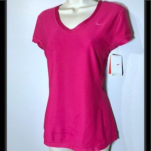 NWT Nike FitDry Magenta Top - M